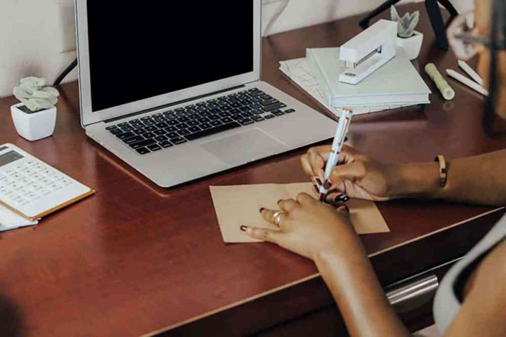 writing student cv
