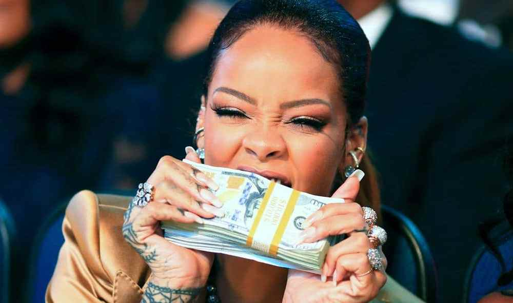 negotiate bigger bonus check