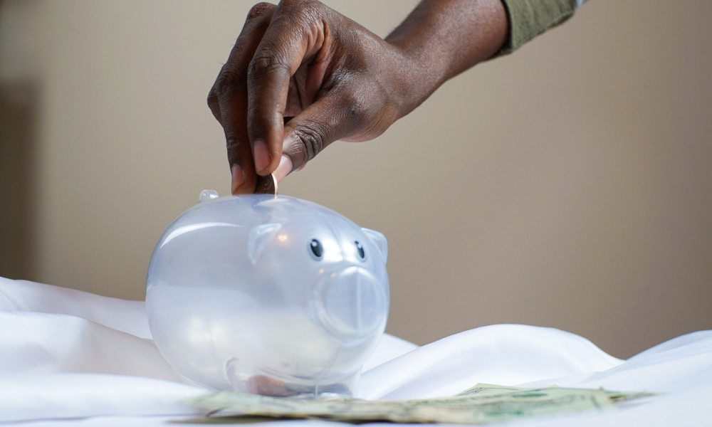 money-savings-piggy-bank