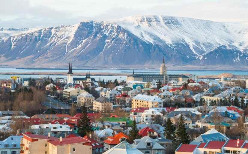 solo-travel-reykjavik-iceland