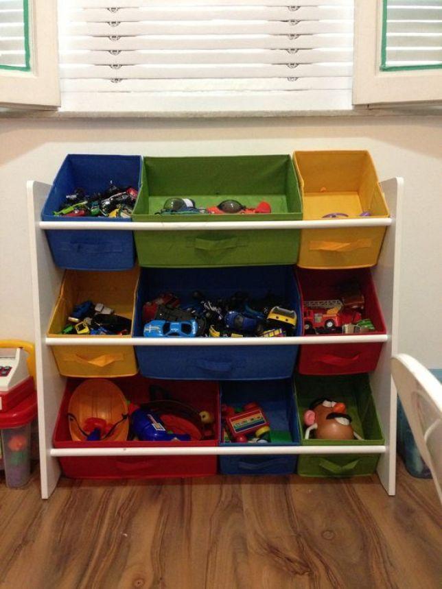 organizar os brinquedos