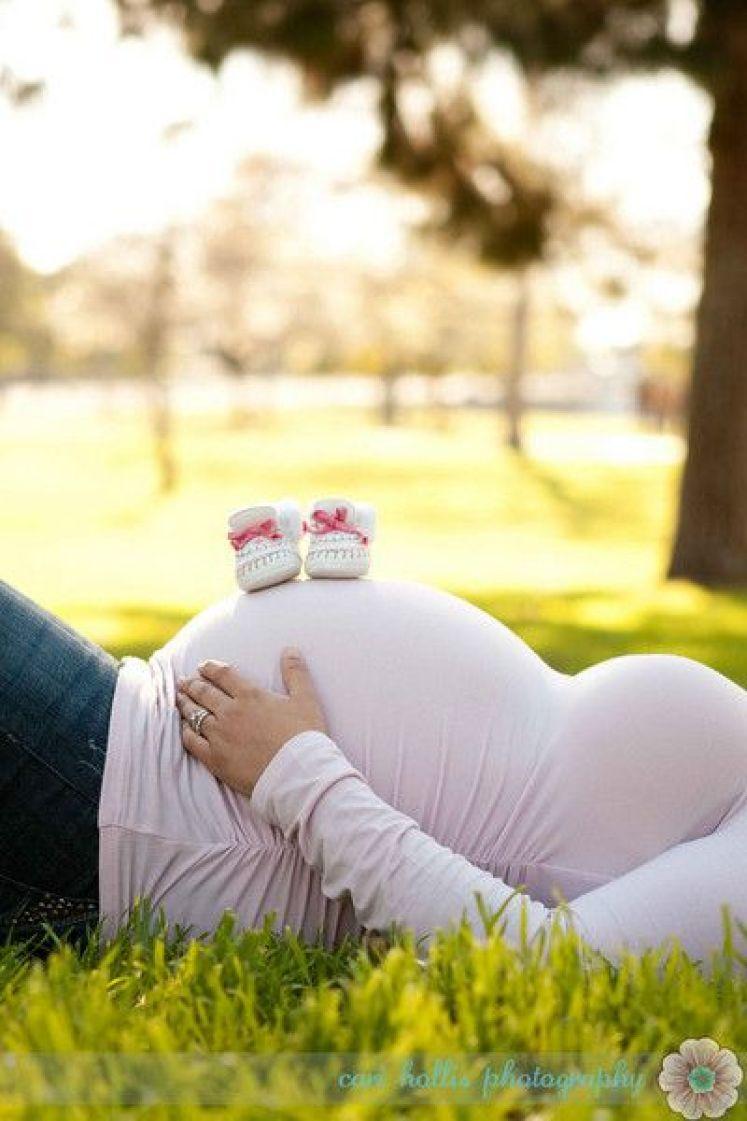 foto para revelar sexo do bebê com sapatinho