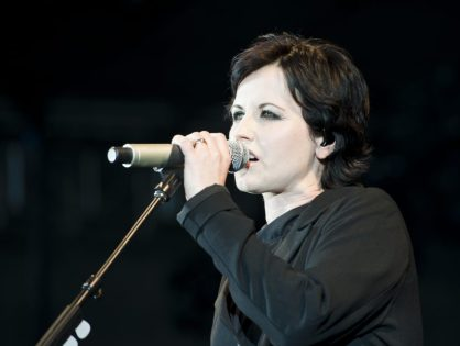 Morre Dolores O'Riordan, vocalista do Cranberries, aos 46 anos
