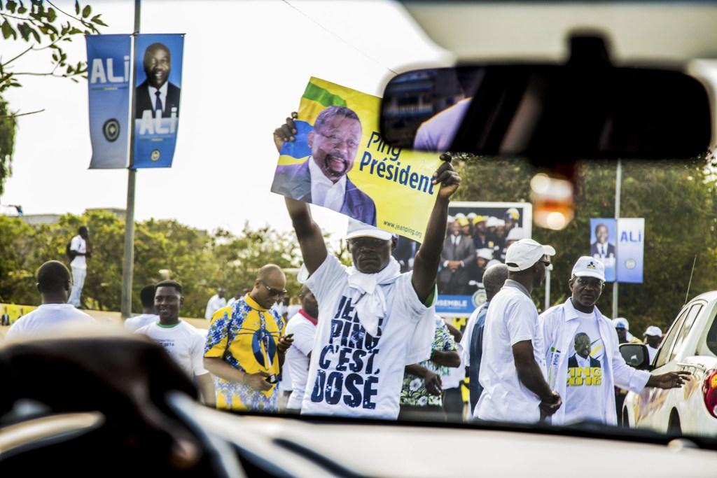 Les partisants de Jean Ping dans les rue de Libreville_Baudouin MOUANDA