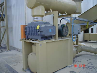 db_db_canfor_pellet_mill_houston_and_oct_2006_shop_04711
