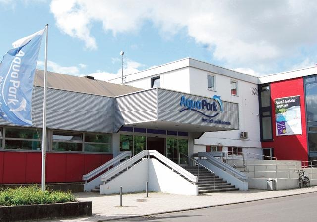 Aqua-Park Baunatal bleibt ab dem Jahr 2018 jeden Tag auch mittags geöffnet - Pächterwechsel in der Gastronomie