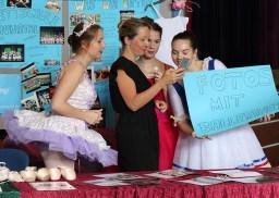 Die Ballettschule mit einer Fotoaktion auf der Messe