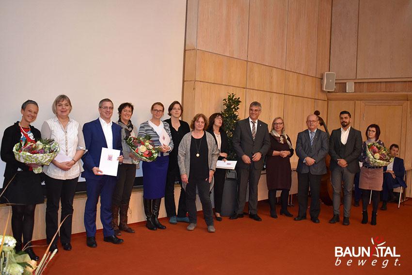 Die Landessieger kommen aus Oberursel, Hofheim und Lollar/ Staufenberg - Preisverleihung Hessischer Leseförderpreis 2017 heute in Baunatal