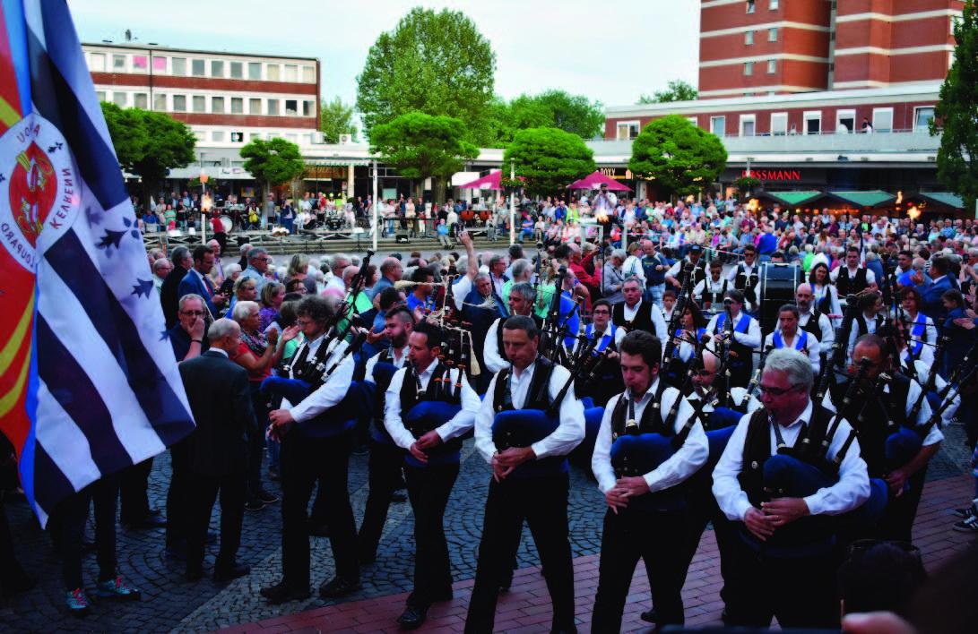 Baunatal, Marktplatz Baunatal, Deutsch Franzöische Serenade