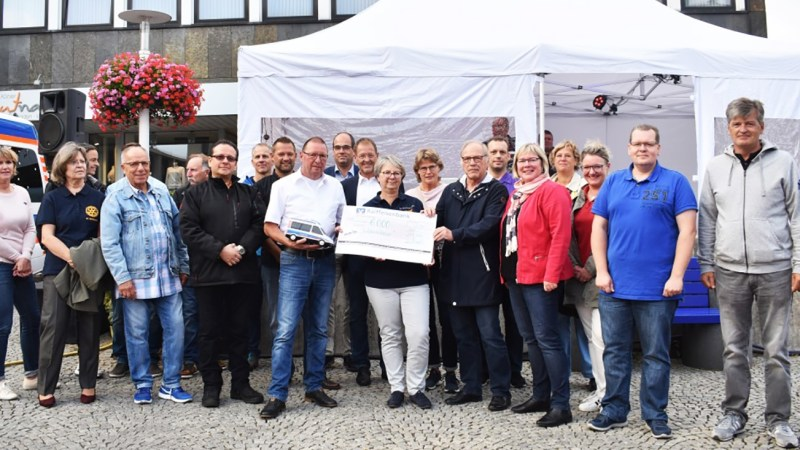 Rekord-Erlös für einen guten Zweck – 6.000 Euro vom Biergarten Europaplatz Baunatal