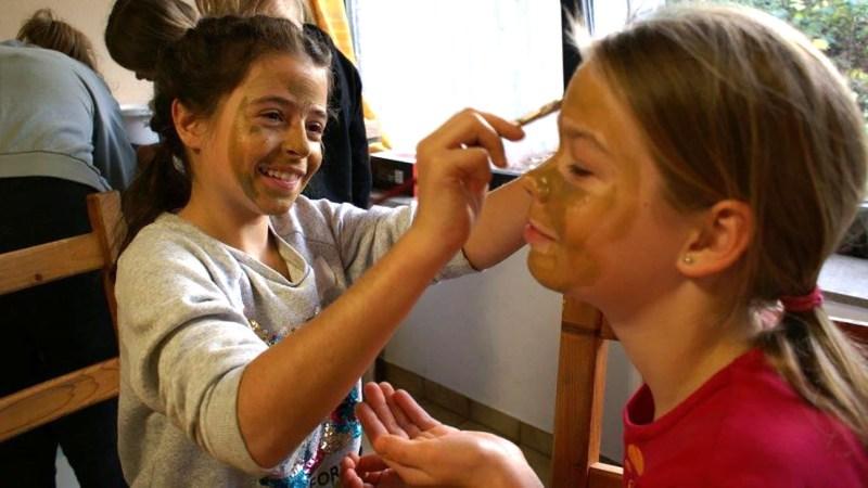 Mädchenaktionstag im Stadtteilzentrum Baunsberg mit Motto Eritrea