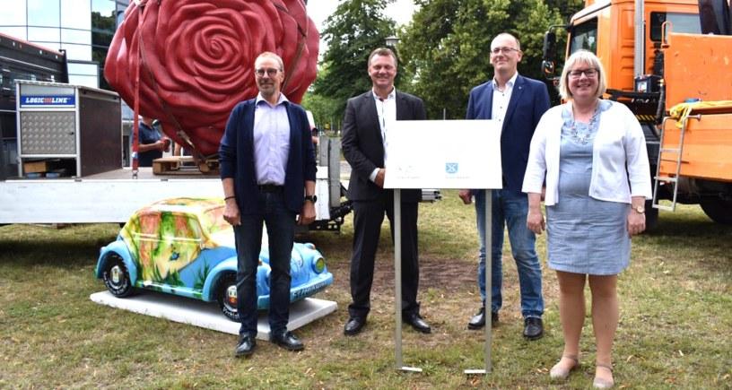Städtepartnerschaft, Sangerhausen, Baunatal, Rose, VW-Käfer
