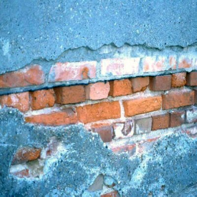 Sanierung von Feuchteschäden in Wänden Altbau Außenwand