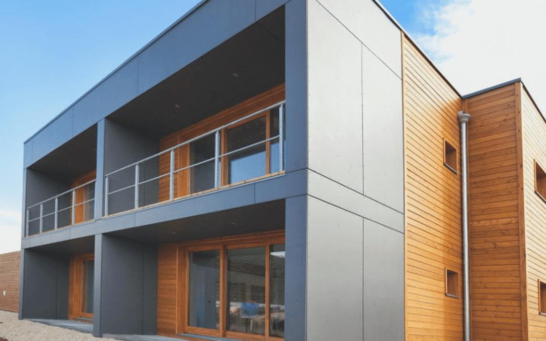 Fassade – Massivholz & Cetris Platten in Kombination