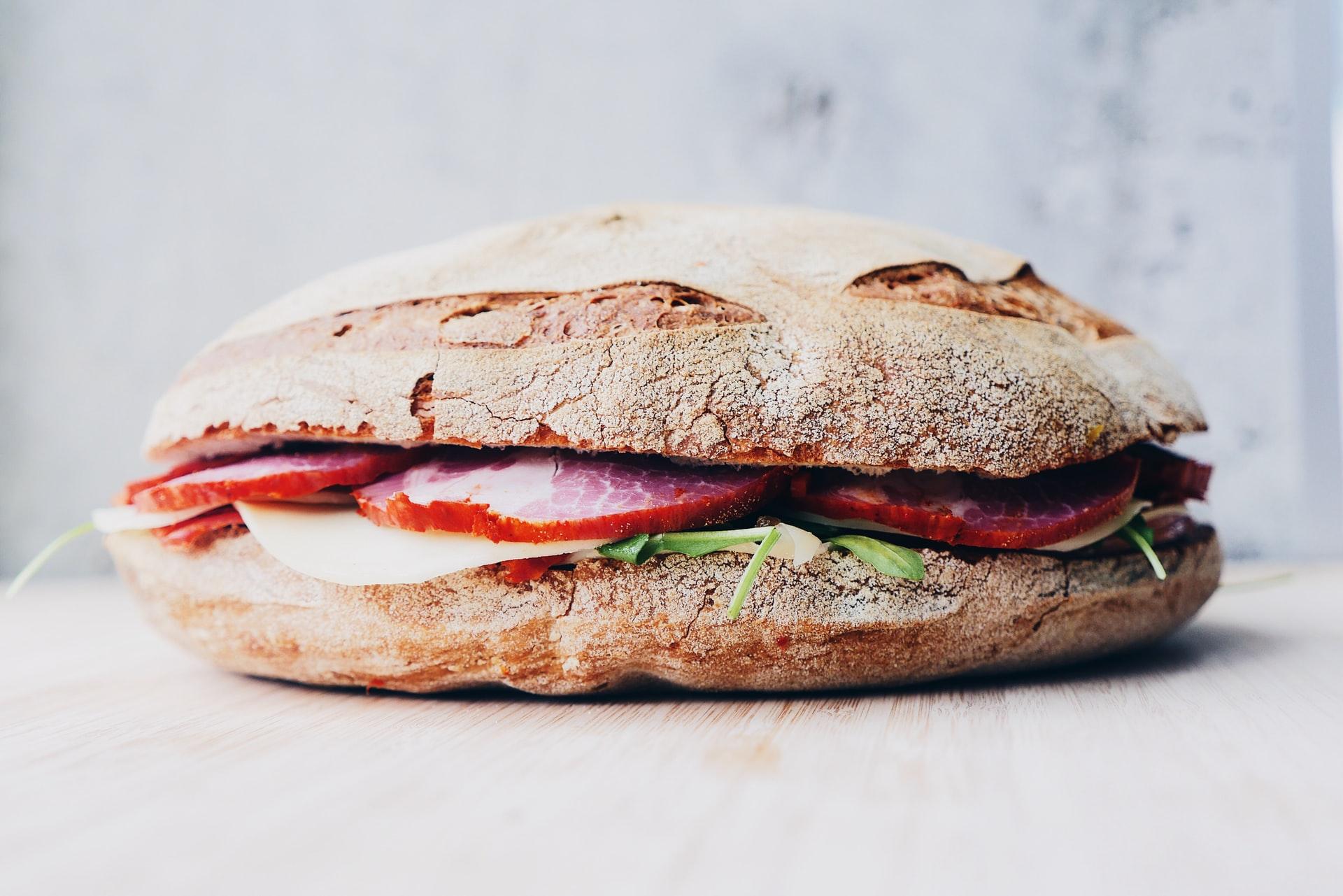 [FOTO] Bauštelci razriješili veliku dilemu otkrivajući što zapravo jedu za ručak: Je li pobijedio bauštelski sendvič?