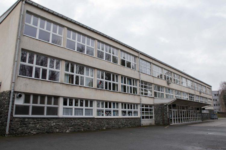 Kreće obnova zgrade sisačke osnove škole koja je nakon potresa dobila crvenu naljepnicu zbog neuporabljivosti