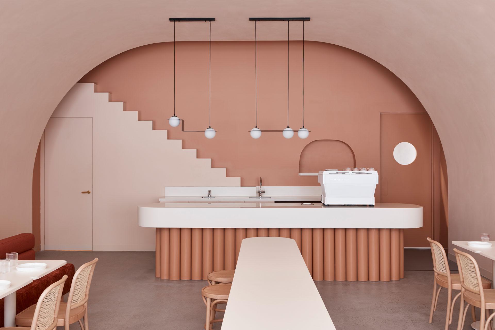 Zavirite u kavanu čiji je interijer inspiriran estetikom jednog od najpoznatijih filmova Wesa Andersona