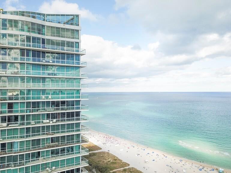 [VIDEO] Jedan od najpoznatijih DJ-a današnjice prodaje svoj luksuzni stan u Miamiju: Osim novca prihvaća i Bitcoin
