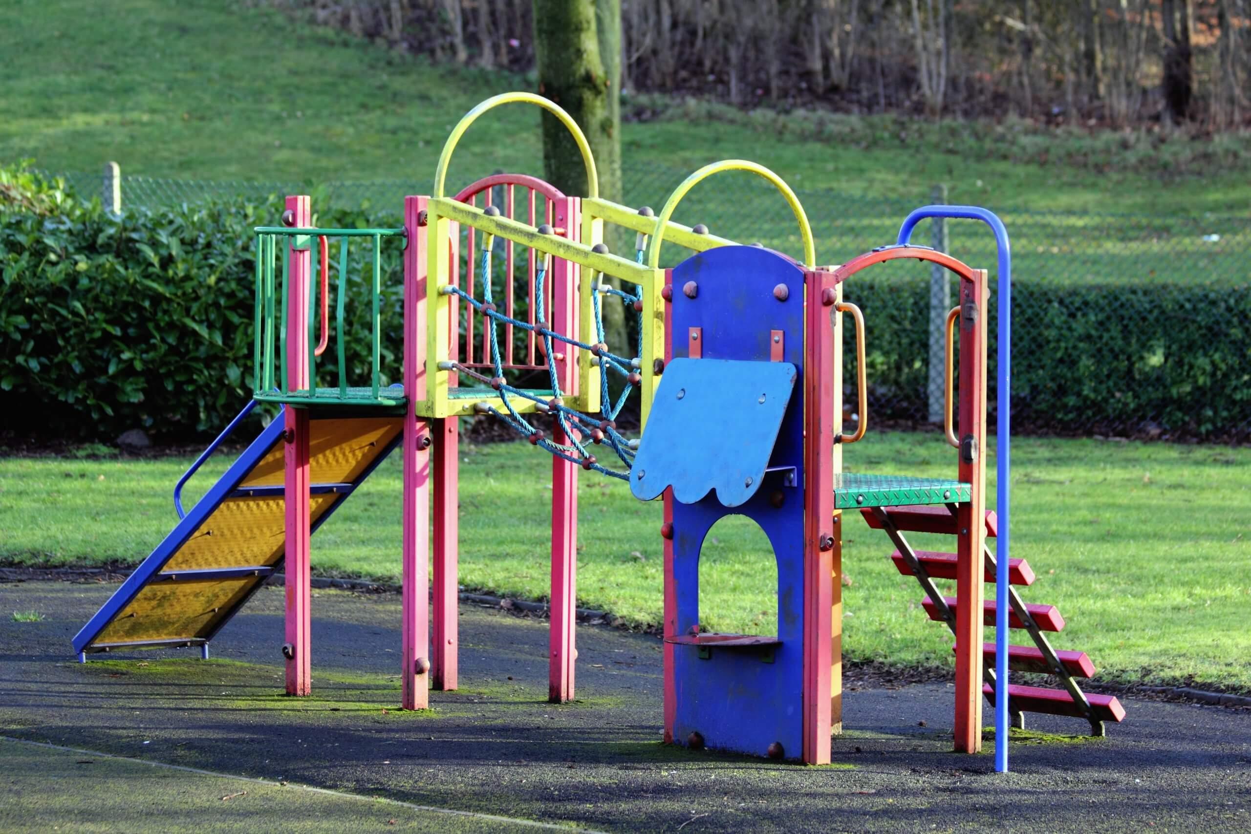 Napokon sigurni parkovi za djecu: Ovi materijali se koriste kako bi se djeca mogla bezbrižno igrati