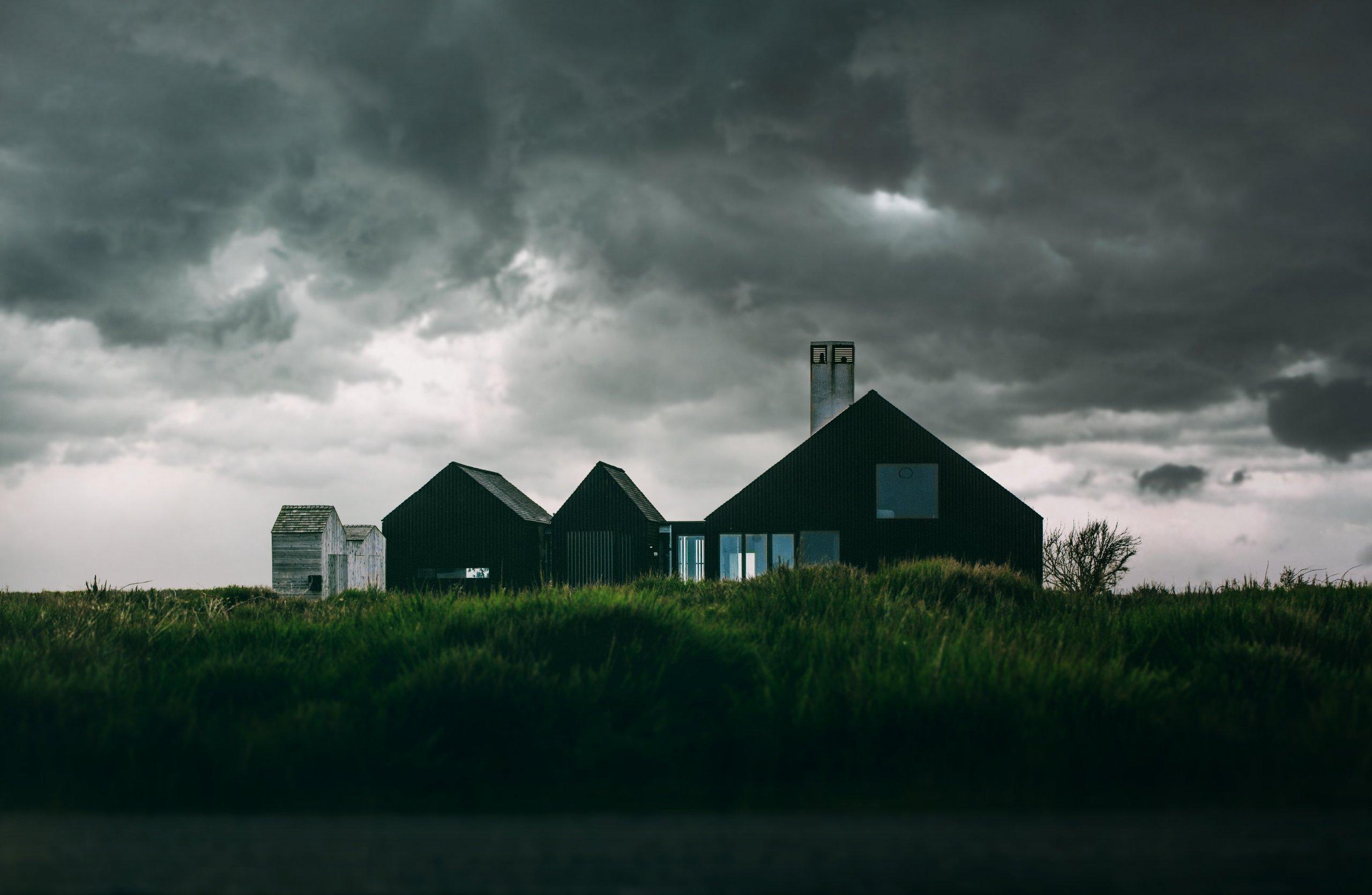 Razmišljate o crnoj fasadi? Olakšajte si donošenje odluke uz ovih sedam pitanja