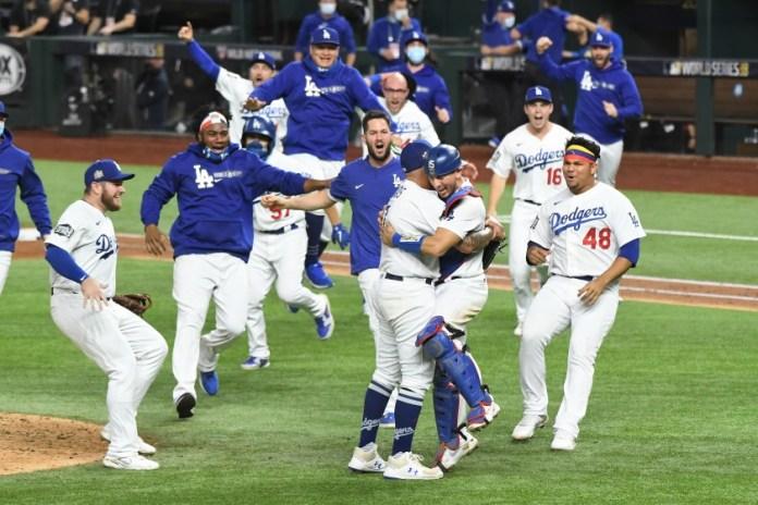 Los Dodgers levantan su séptimo título de la Serie Mundial