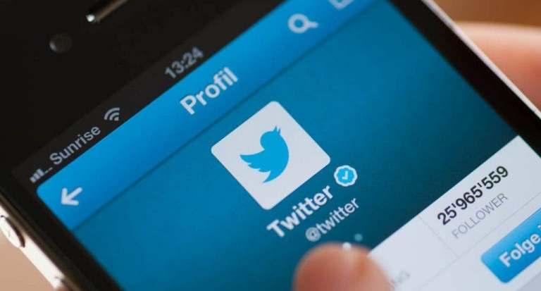 Venden en tres millones de dólares el primer tuit de la historia