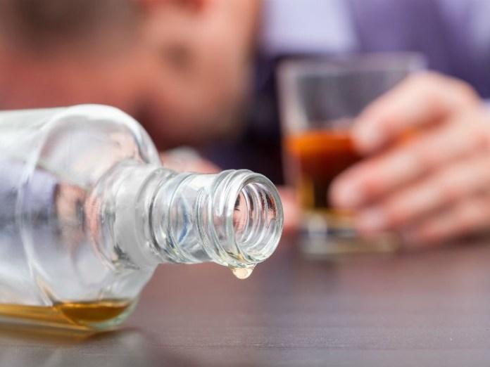 Intoxicación alcohólica ha dejado 21 muertos en los últimos seis días