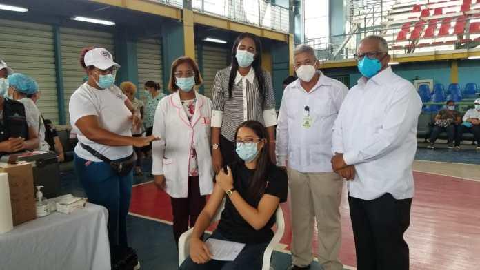 Inicia jornada de vacunación para menores de edad a partir de los 12 años en La Altagracia