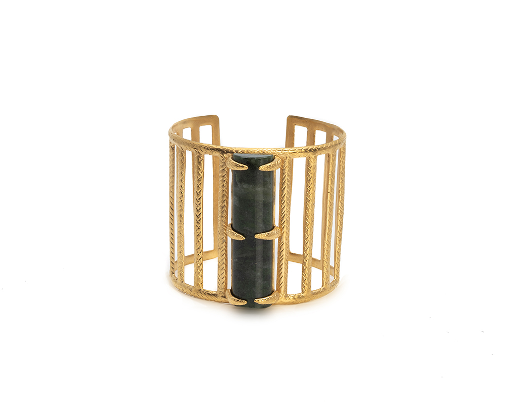gold plated cuff with an onyx