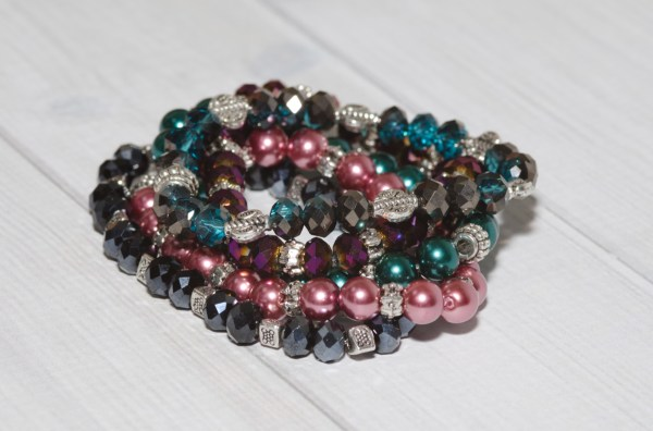 Sparkle Stretch Bracelets from Story Yarns