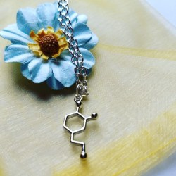 Dopaine molecule necklace #NerdLove