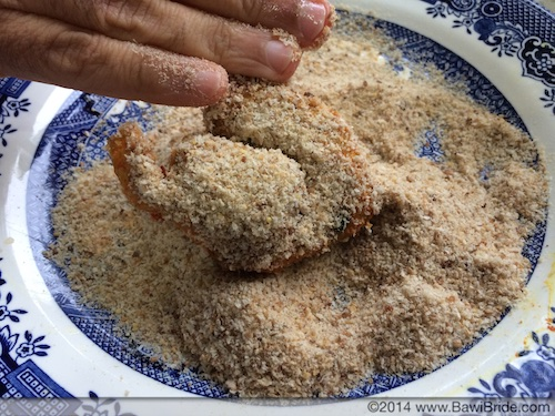 Coating Chicken in Breadcrumbs