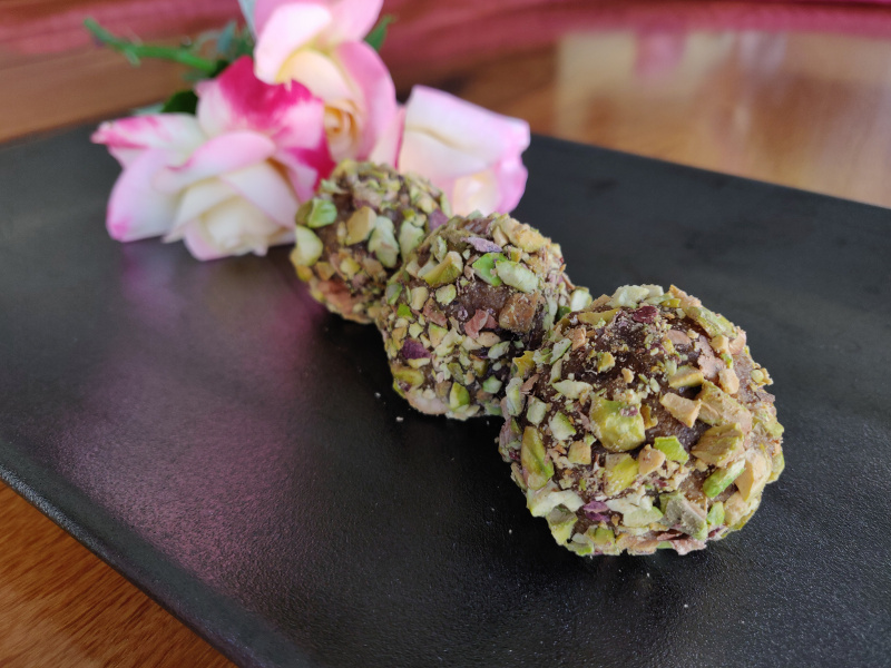 Bliss Balls made with Parsi Date Filling