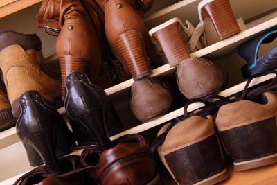 Schuhaufbewahrung im Verborgenen
