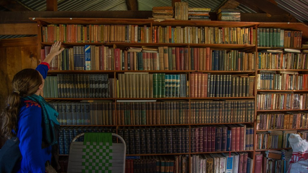 library home in sainj valley