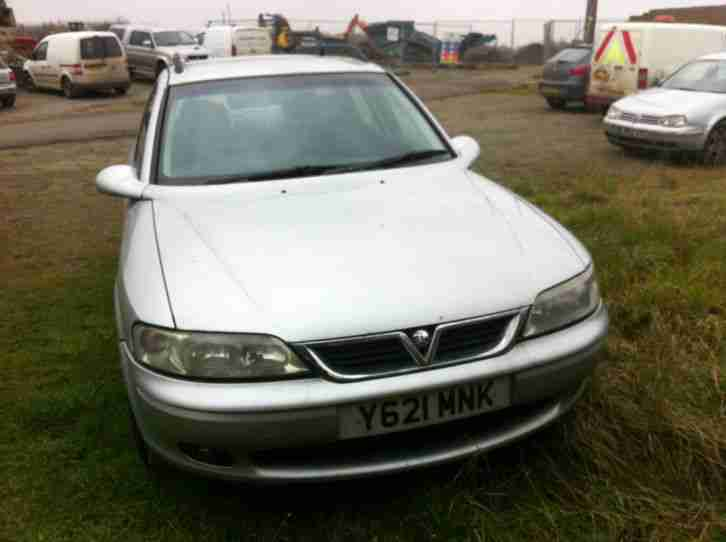 Vauxhall 2001 VECTRA CLUB DTI SILVER. car for sale