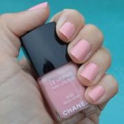 chanel beige rose nail polish