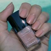 chanel precious beige nail polish