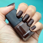 chanel cavaliere nail polish summer