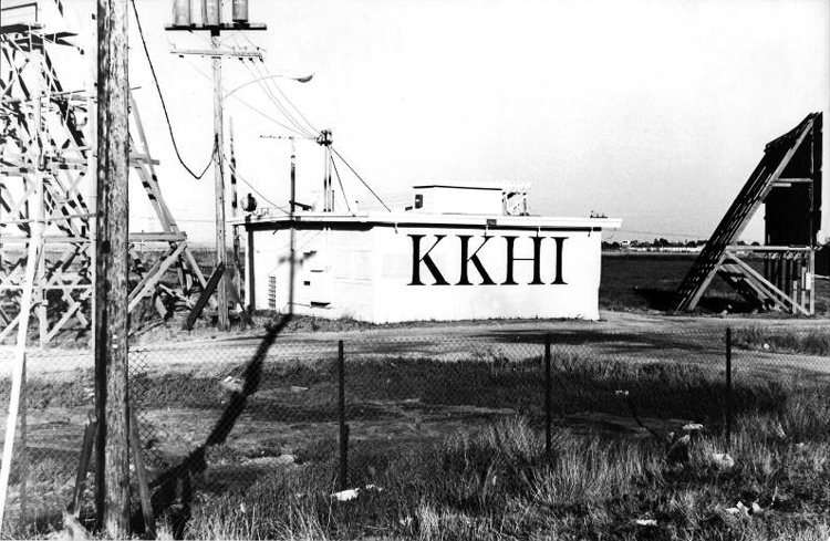KKHI 1550 Transmitter Plant