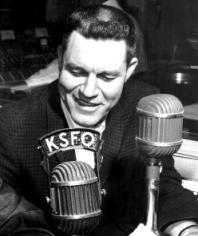 Lon Simmons at KSFO (Photo, Circa 1960)