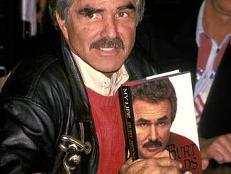 Burt Reynolds (1994 Photo)