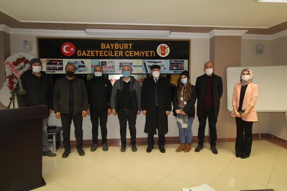 Başkan Pekmezci, basın mensuplarını Gazeteciler Cemiyetinde ziyaret etti