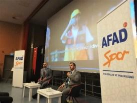 Rektör Türkmen AFAD tarafından düzenlenen söyleşiye konuk oldu