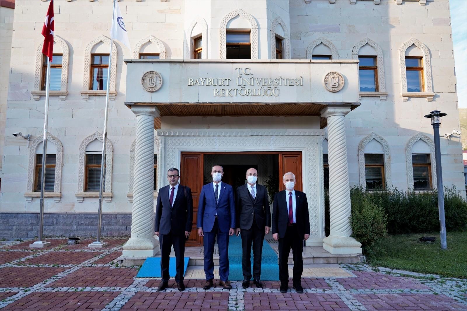 Gümüşhane Üniversitesi Rektörü Zeybek'ten Rektör Türkmen'e ziyaret