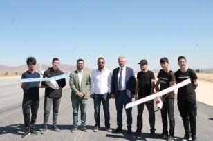 Bayburtlu liseli gençler yaptıkları insansız hava araçlarıyla TEKNOFEST'te final yolunda