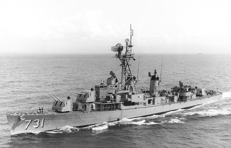 USS_Maddox_(DD-731)_port_bow_view_1964