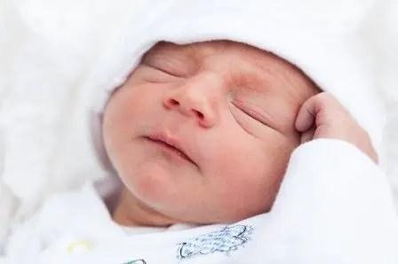 Nama Bayi Laki Laki Keren Modern