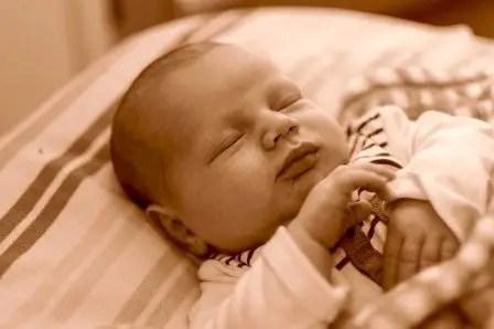 Nama Bayi Laki Laki Modern Unik