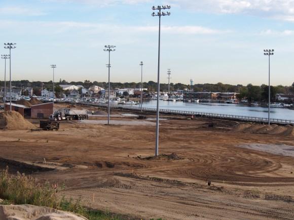 Community Park Construction (including Berm) (10/2014)